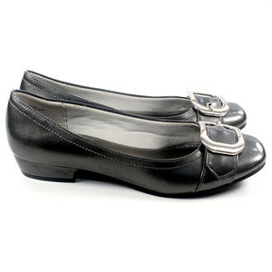 KELLY&KATIE Gray Patent Leather Buckle Ballet Flat